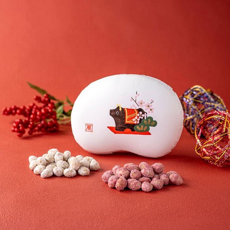『まめや金澤萬久』干支・丑の豆箱入り紅白豆(化粧箱入り)