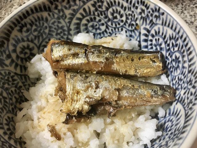 サーディン(いわしの水煮)でいわし丼