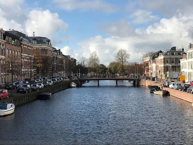 首都アムステルダムから西に約20kmの街ハーレム