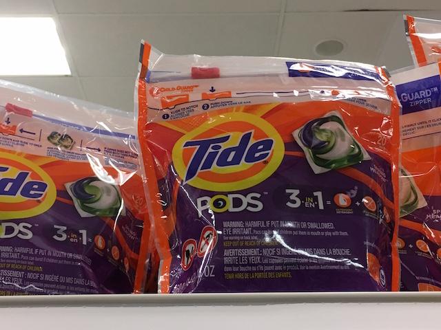 洗濯洗剤 Tide Pods 袋入り