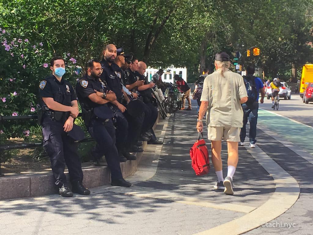 NYCユニオンスクエア NY市警 2021年7月31日 (C)Hideyuki Tatebayashi