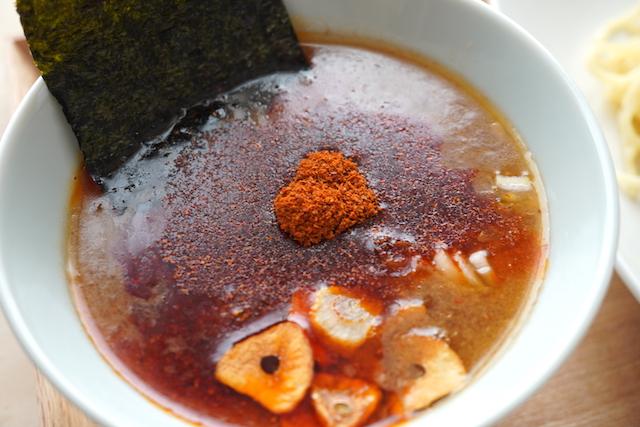 トッピングしたスープ