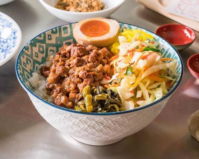 台湾綺鶏 魯肉飯(ルーロウハン)