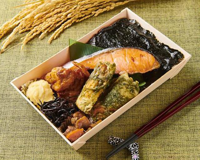 のりとこめ 鮭弁当