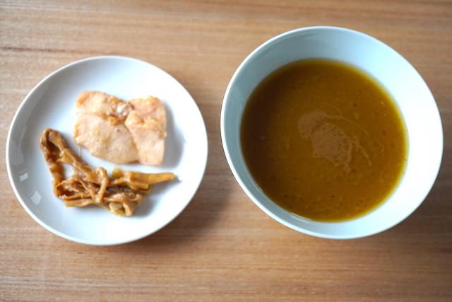 スープと具材